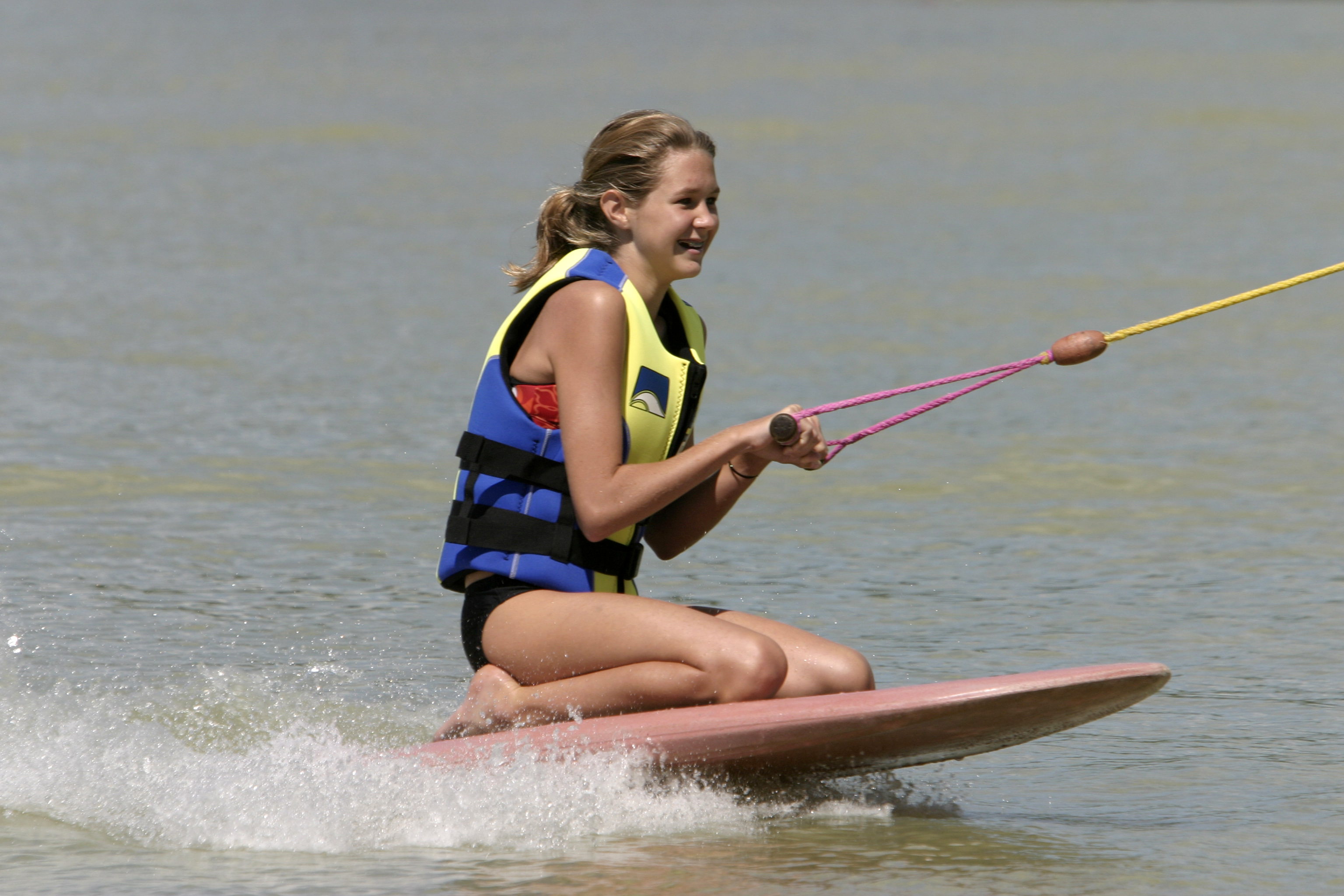 Kneeboard_girl.jpg